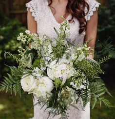 Bohemian bouquet in white