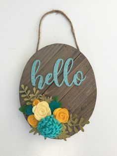 Hello Wood Sign Tutorial by Kristine Davidson for Jillibean Soup / Mix the Media and Felt Flowers