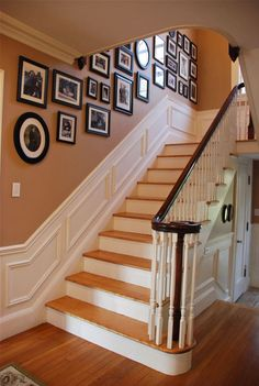 Family Photo Wall Decor for Our entryway. *****love the base boards on these stairs! Stairway Walls, Staircase Wall Decor, Open Staircase, Front Stairs, Staircase Molding, Photo Wall Decor, Diy Home Decor Rustic, House Stairs, Frames On Wall