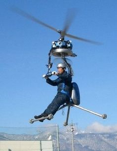 Guinness World Records has declared the GEN to be the world's smallest one-man helicopter. Now the inventor of the GEN Japanese inventor Gennai Yanagisawa, will demonstrate the chipper chopper in the Italian hometown of famed Cool Technology, Technology Gadgets, Drones, Personal Helicopter, E Mobility, Flying Car, Engin, Tech Toys, Guinness World