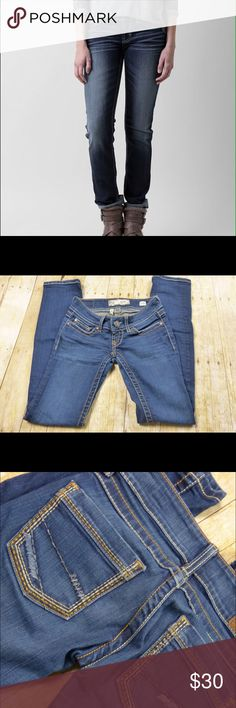 """BKE Stella Straight Leg Jeans Size 23R Like new condition 92% cotton, 6% polyester and 2% spandex 6"""" rise 30"""" inseam 13.5"""" side to side at the waist BKE Jeans Straight Leg"""