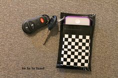 duct tape iphone case/wallet