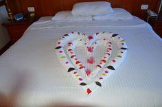 wunderschöne Zimmerdeko auf dem Nilschiff Emilio - Mischbluts Oase