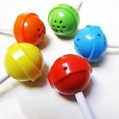 Cute and colorful lollipop speakers! Simply insert the speaker directly into your player's earphone jack and share your music with quality sound. Carry it around with you as an adorable lollipop accessory when not in use. Gadgets And Gizmos, Cool Gadgets, Electronics Gadgets, Cool Inventions, Best Phone, Cool Gifts, Unique Gifts, Rainbow Colors, Just In Case
