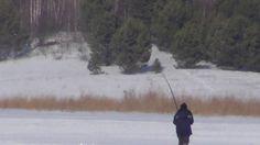 Лесосибирск по льду через реку Енисей рыбалка на хариуса и налима 9 март...