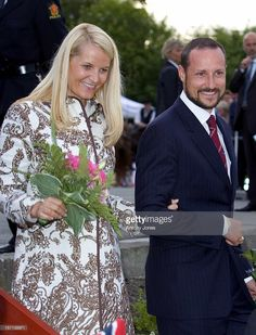 King Harald, Queen Sonja, Crown Prince Haakon & Crown Princess Mette-Marit Of Norway Trace The Footsteps Of King Haakon Vii & Queen Maud - Travelling To Trondheim Via Towns & Cities - To Celebrate The Centennial Anniversary Of Their Coronation, Which Took Place On 22 June 1906.Visit To Austratt.