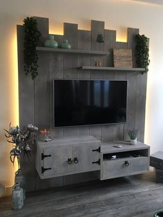 Cool DIY Wooden Pallet TV Console Ideas for your Project pallet # Ideas - Eingangshalle - Crafts Wooden Pallet Furniture, Wooden Pallets, Wooden Diy, Diy Furniture, Pallet Wood, Furniture Projects, Outdoor Furniture, Tv Palette, Palette Deco