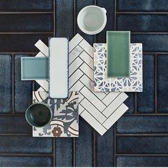Put your ideas in a moodboard and let your interior design projects become reality. Moodboard Interior, Blue Kitchen Tiles, Blue Tiles, Blue Green Kitchen, Mint Kitchen, Kitchen Floor, Tile Design, Web Design, Material Board