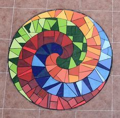 Paper Mosaic, Mosaic Diy, Mosaic Garden, Mosaic Glass, Mosaic Tiles, Glass Art, Mosaics, Tile Crafts, Mosaic Crafts