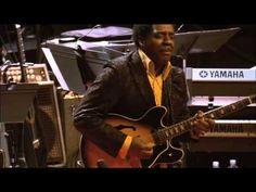 ▶ You Are Everything - Kirk Whalum sax tenor - YouTube  Uma das coisas mais lindas que já pude ouvir! *-*