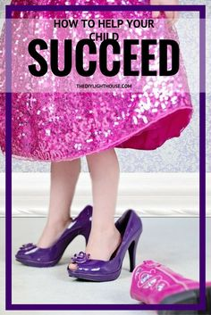 How to help your child succeed. Helping Children Develop a Mindset for Success. Parenting tips for using the right mindset. Two types of mindsets: fixed and growth. Ideas for helping your kids behave better and want to try harder to do well in school, do their homework, do chores, try harder at life.
