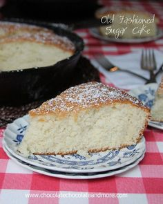Old Fashioned Sugar Cake-made in a cast iron skillet, no icing needed for this light and flavorful cake! Old Fashioned Sugar Cake-no icing . Easy Desserts, Delicious Desserts, Dessert Recipes, Yummy Food, Frosting Recipes, Cupcake Recipes, Dessert Ideas, Cake Recipes From Scratch, Sugar Cake