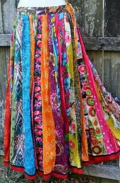 ideas skirt pattern gypsy hippie chic for 2019 Hippie Rock, Hippie Chic, Hippie Style, Moda Hippie, Moda Boho, Bohemian Mode, Bohemian Style, Bohemian Skirt, Bohemian Decor