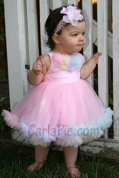 This would look so cute on my lil angel :) Cute Baby Girl, Baby Love, Cute Babies, Baby Kids, Baby Girl Birthday Dress, Birthday Dresses, Little Girl Dresses, Baby Dresses, Flower Girl Dresses