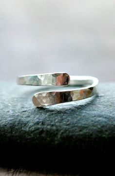 Hammered silver ring - Wave Collection