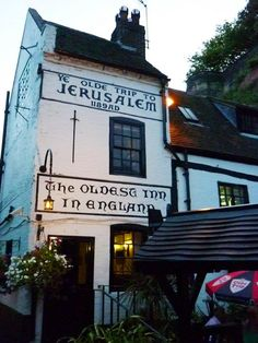 Ye Old Trip to Jerusalem - NOTTINGHAM been to this pub its quaint and in a beautiful #nextsummersun