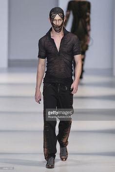 lino villaventura | Lino Villaventura - Sao Paulo Fashion Week Summer 2013/2014 | Getty ...