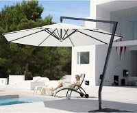 When your open space does not have the shadow of the trees, the easiest and most affordable solution is to buy umbrellas. Unfortunately, buy an umbrella for your patio is not easy if you do not know the exact information to be the best in your garden. Here are a few things you should keep in mind when you choose an umbrella for your situation and your lifestyle.