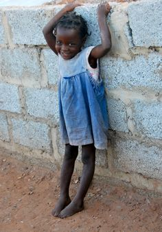 Running the Streets of Zambia - Lusaka, Zambia Travel Honeymoon Backpack Backpacking Vacation Kids Around The World, People Of The World, Beautiful Children, Beautiful People, African Children, Thinking Day, African Countries, Little Doll, African Beauty