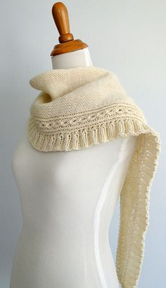 Winterberries shawl/scarf  Marjorie Dussaud