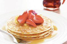 Chi ha detto che i pancake americani devono per forza essere grassi? Ecco la ricetta light senza burro di Maria Serena Mercati. Buon appetito!