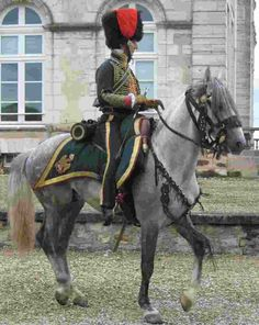 Napoleonic Chasseurs | This hussar uniform became famous, and this is how Gericault presents ...