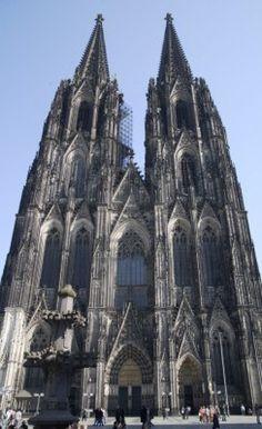 Dom van Keulen, Duitsland. https://www.hotelkamerveiling.nl/hotels/duitsland/hotel-keulen.html #keulen #duitsland