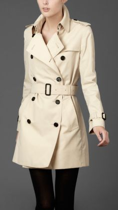 Burberry trench coat.. *drools*