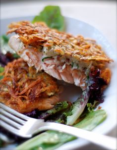potato crusted salmon August 2012 By Melissa Salmon Recipes, Fish Recipes, Seafood Recipes, Great Recipes, Dinner Recipes, Cooking Recipes, Favorite Recipes, Healthy Recipes, Fish Dishes