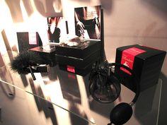 Kastner&Öhler Shades of Grey Accessoires floor 2nd Floor, Turntable, Home Appliances, Shades, Flooring, Grey, House Appliances, Gray, Record Player