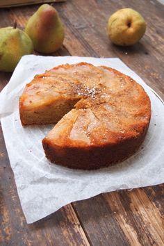 Gâteau d'automne aux poires et amandes / Paris dans ma cuisine