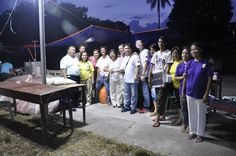 Solar Street Lights bring life back to Bohol earthquake site - http://outoftownblog.com/solar-street-lights-bring-life-back-bohol-earthquake-site/