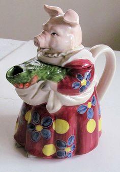 TETERA de cerámica encantador señora cerdo por TextilesandOldThings                                                                                                                                                     Mais