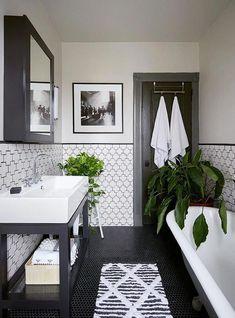 Modern Farmhouse Master Bath Renovation – Obsessed with our vanity spaces! Modern Farmhouse Master Bath Renovation – Obsessed with our vanity spaces! Bad Inspiration, Bathroom Inspiration, Apartamento No Brooklyn, Bathroom Renos, Bathroom Storage, Bathroom Remodeling, Bathroom Layout, Bathroom Organization, Bathroom Basin