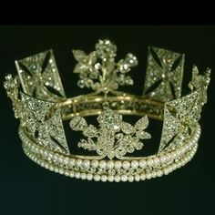 Diamond Diadem, 1820 from the Royal Collection of Queen Elizabeth. Originally made for George IV, it was thought to be too feminine for a man to wear. On the other hand, it's just perfect on the heads of Queens Victoria and Elizabeth II.