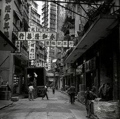 street scene, Hong Kong by Dizzy Atmosphere, via Flickr