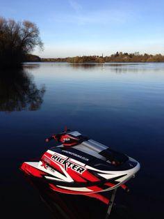 Winter freestyle.. my dasa powered rickter xfs on a flat calm lake all to myself :)   #Jetski #rickter #xfs