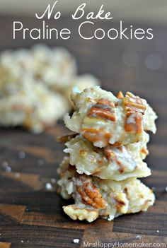 No Bake Praline Cookies for a great Thanksgiving Dessert Recipe or Christmas Recipe! Would also make a great Food Gift!