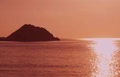 #sunset #petani #beach #lixouri #paliki #peninsular #kefalonia Petani, one of my favourite spots on the whole island totally beautiful place