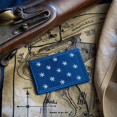 Throughout the Revolution, this flag signified the presence of the Commander-in-Chief. History abounds with this flag, as it was raised in camps. Tactical Patches, Tactical Vest, Tactical Clothing, Tac Gear, Military Guns, Morale Patch, American History, Just In Case, Gears