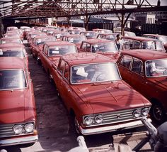 Retro Cars, Vintage Cars, Europe Car, Alfa Romeo 156, Back In The Ussr, Historical Pictures, Soviet Union, Car Pictures, Old Cars