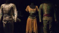 Costumes de La Bayadère © CNCS / Photo Pascal François La Bayadere, Sequin Skirt, Sequins, Ballet, Costumes, Skirts, Collection, Tops, Women