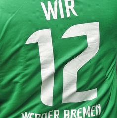 WIR - die 12 - das sind die Fans des SV Werder Bremen. http://blog.bremen-tourismus.de/werder-und-der-brommyplatz/