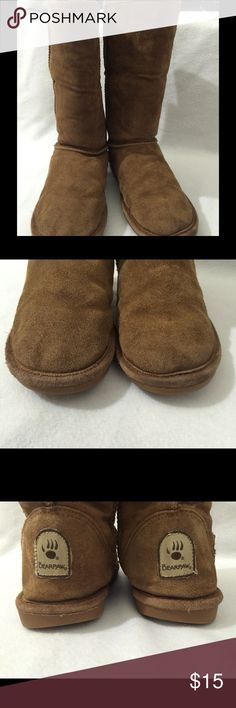 Bearpaw boots.  Size 8 Show signs of wear, but still has a lot of life. Very warm inside. BearPaw Shoes Winter & Rain Boots