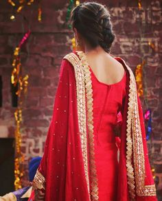 15 Super ideas for quotes queen woman products Punjabi Girls, Punjabi Suits, Stylish Dress Designs, Stylish Dresses, Indian Dresses, Indian Outfits, Punjabi Models, Salwar Suits Party Wear, Indian Designer Suits