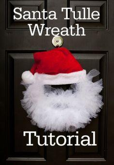 Santa Tulle Wreath Tutorial {Christmas}