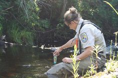 Fish Biologist Anna Varian (Ashland, WI Fish and Wildlife Conservation Office) measures water temperature, pH, and conductivity. Math Measurement, Wildlife Conservation, Water Quality, Natural Resources, Earth Science, Maths, Homeschooling, Environment, Change