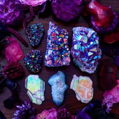 """auramystiq: """"Saying goodbye to these crystals today, off to a new home  I am selling out of our Aura Crystals really fast! Head to our website if you are craving these crystals too!  www.auramystiq.com """""""