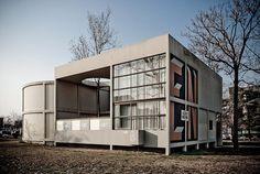 1925 L'Esprit Nouveau Pavilion   Architect: Le Corbusier   Paris, France
