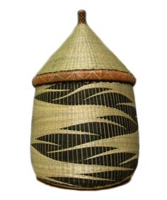 Nyanza Queen Basket - Rwanda..lived at Kibogora when I was a child..remember these well